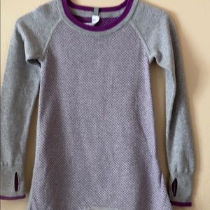 Iviva sweater